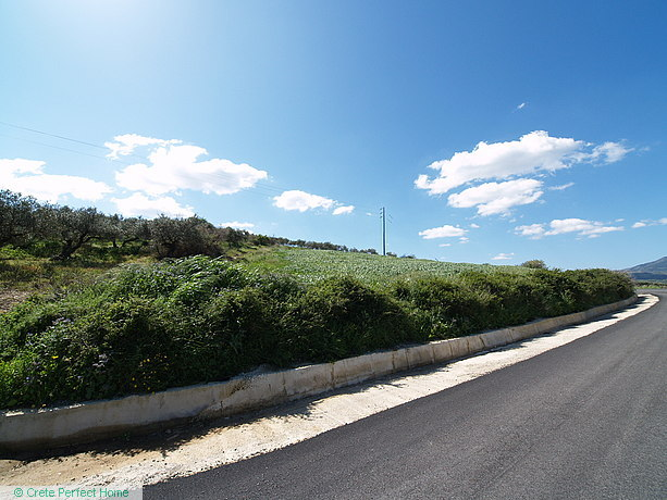 Large elevated plot with stunning panoramic views