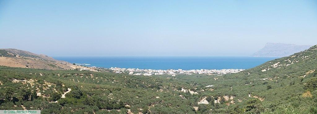 Huge hillside plot, lovely sea views, huge build allowance
