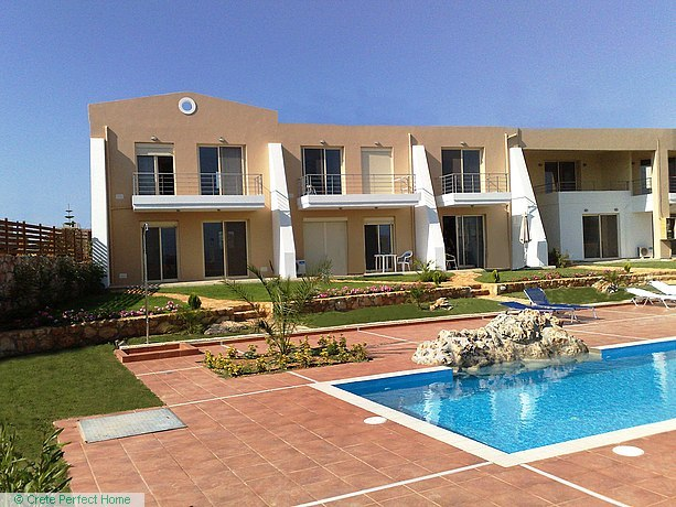 Two high-quality apartments with shared pool & garden
