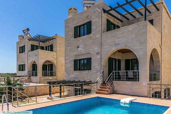 Three quality stone houses on large plots with private pools