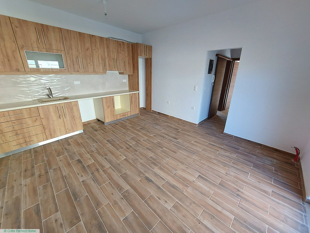 New 50m2 2-bed apartment in town centre with small garden
