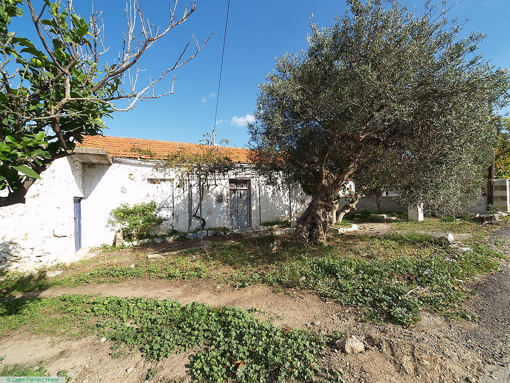(Renovation) 5-room house, large building allowance, close to beach