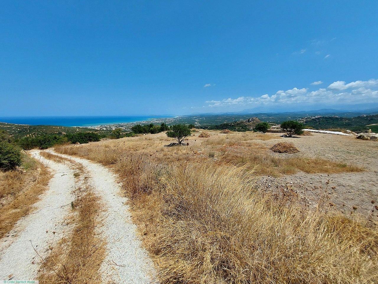 Unique large level hillside plot with breath-taking views